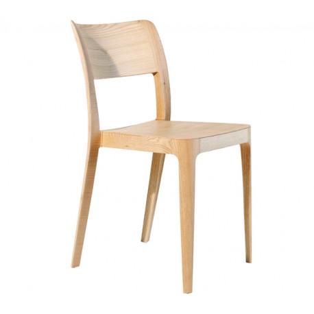 Chaise moderne en bois