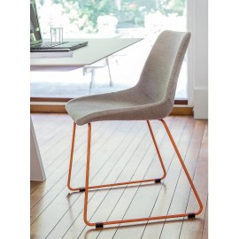 Chaise LOVY Tubulaire fer noir/ orange ou blanc
