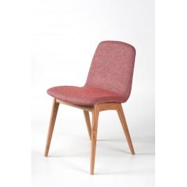 Chaise en tissu avec structure en bois